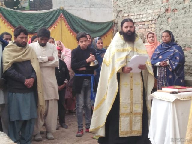 The consecration of the laying of the church foundations in Pakistan completed