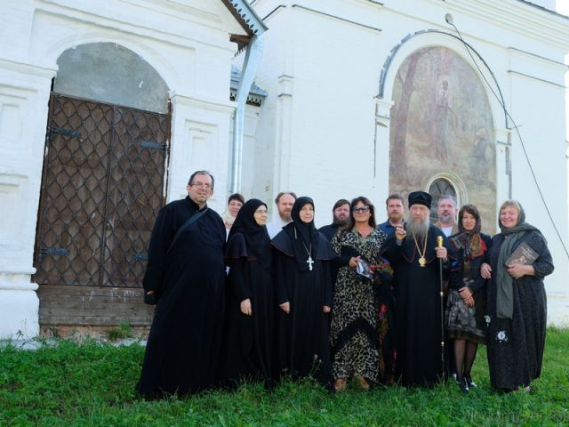 Guests from Italy in the Nikola-Uleyma Convent